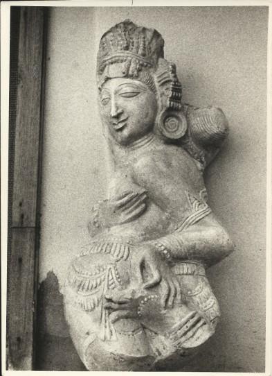 Sculpture de danseuse